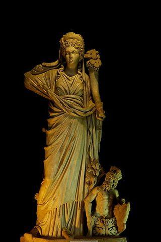 フォルトゥナ像