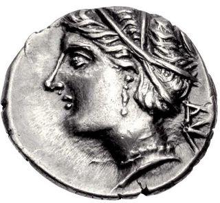 コイン表面に描かれるアフロディテ