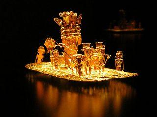 黄金の装飾品