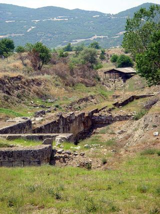 450px-Amphipolis_fortifications