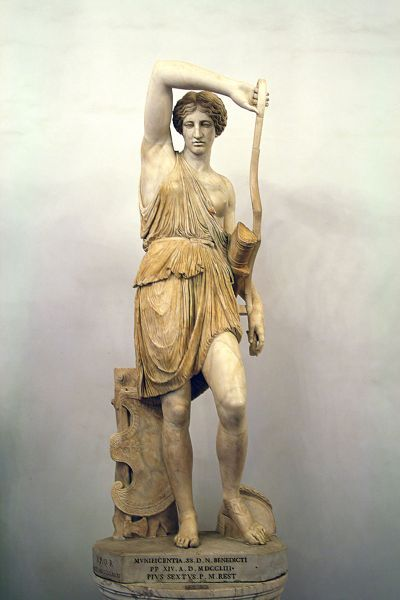 800px-Amazzone_ferita_-_Musei_Capitolini
